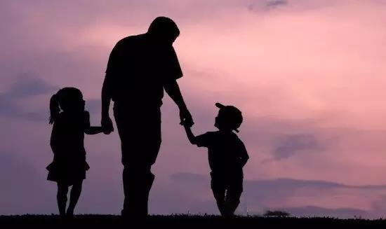 父亲节 | 落叶无痕,父爱无声,感恩父亲的爱!