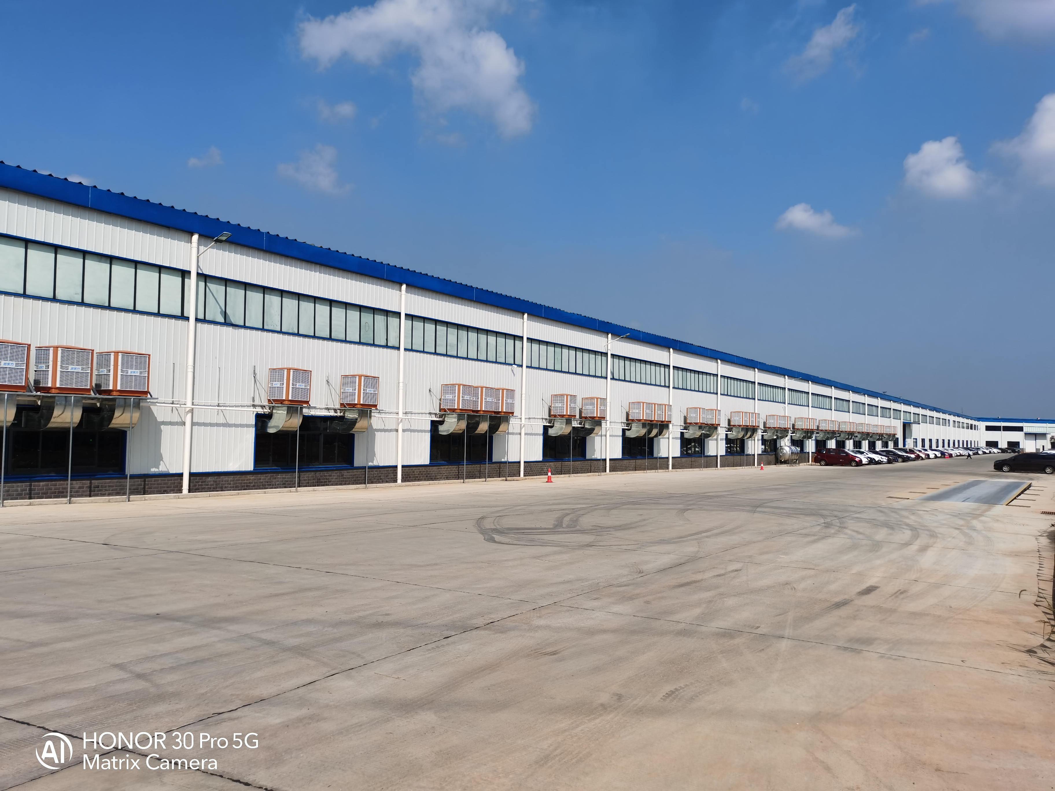 为什么要选择工业冷风机来解决大型厂房车间通风竞博jbo首页的问题?